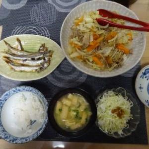 ・豚野菜炒め ・マグロのお刺身 ☆ひいかとじゃがいもの煮物 ~大型台風~