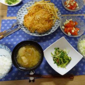 ●ジーパイ(台湾風唐揚げ) ・トマトチーズ和え ・豆苗炒め