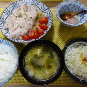 ●冷しゃぶ ・味玉 ・豆腐とわかめのお味噌汁 ●帆立炊込みご飯 ・ミルフィ鍋