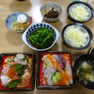 ●ちらし寿司 ・おでん ・鶏天 ・いわし漬けとろろご飯 ・菜花とウィンナー炒め ・スンドゥブ