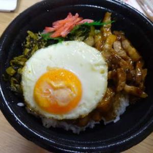 ●ルーローハン ・漬けとろろご飯 ・麻婆豆腐 ・中華炒め煮 ・大根と蒟蒻とベーコンの炒め煮