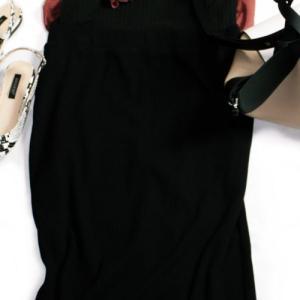 """①UNIQLO新作・リブタイトロングスカートは早くも新作の予感 着回しポイントは""""大人シック"""""""