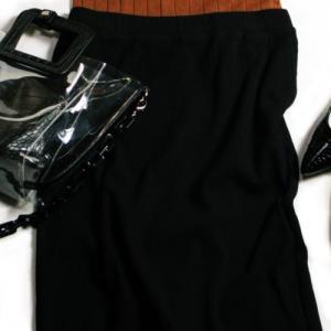 """④UNIQLO新作・リブタイトロングスカートは早くも新作の予感 着回しポイントは""""大人シック"""""""