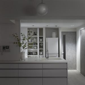 キッチンの背面収納、全部見せます。