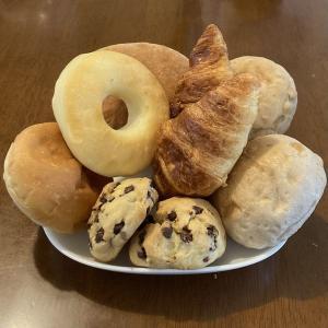 成城石井のパン祭り「大人気バラエティーセット・増量」は美味しい?美味しくない?