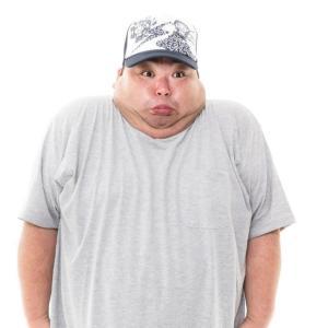 なぜ年を取ると太るの?原因は体育会系と文化系の食べ方の違いとお酒