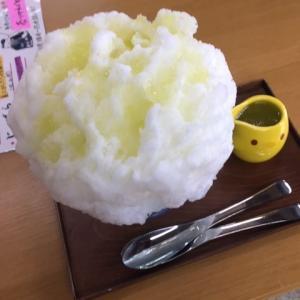 「福梅本舗」の生メロンのかき氷