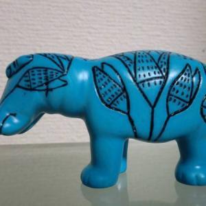 ニューヨーク メトロポリタン美術館のお土産 青いカバ ウィリアム君 置物だと思いこんでたけど!実は・・・