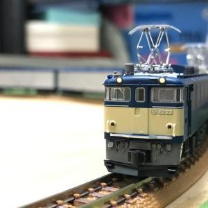 6月2日ということであの青色の機関車を。