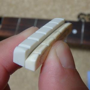ギターのナット交換をしてみた(グレコ GV-70)