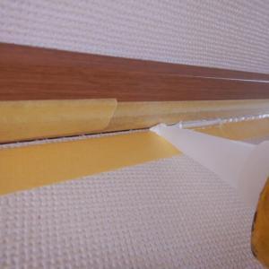 家の部屋の壁の目地に穴が!→シーリングでDIY補修してみた