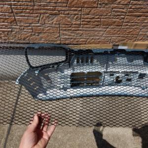 アルト(HA36S)バンパーネット装着でコンデンサーフィン潰れを防止