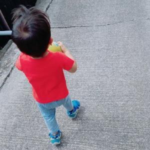 育児には「写真を撮らなきゃやってられない」時もある。