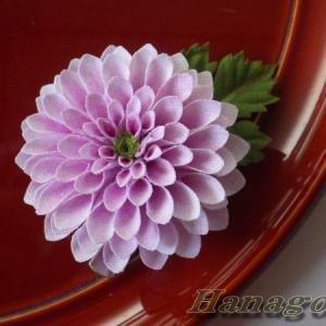 ミニぽんぽん菊のコサージュ&髪飾りピンクCreemaに出品
