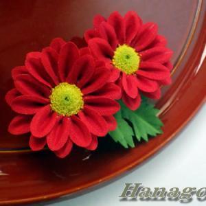 ハンドメイドアクセサリー真紅の小菊レリアスCreemaに出品