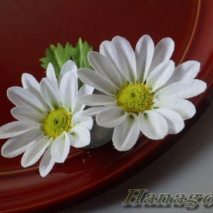 小菊のコサージュ&髪飾り(白)Creemaに出品