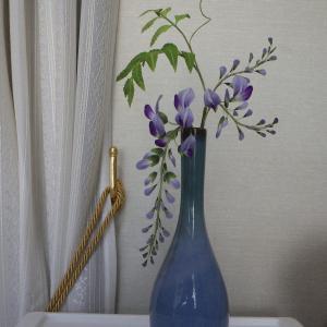 藤の一輪挿し花瓶とチュニック制作中~