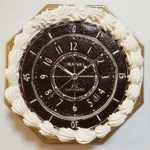 CHANEL J12のケーキを作ってもらいました