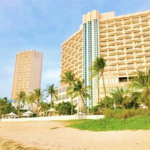 グアム*家族連れにおすすめ!日本人安心・巨大プール施設あり・お土産充実 のいい事ずくめホテル「オンワード・ビーチ・リゾート(Onward Beach Resort)」