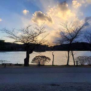 白河手打ちラーメン海  南湖で散策