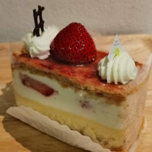 久々の日本のケーキにほっこり時間