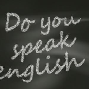 英語を学び始めるのが遅かった人は日本語環境に戻ると英語を忘れてしまう【1】