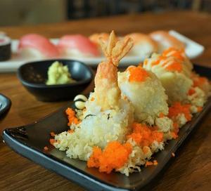 「アメリカ人は何でも揚げちゃう!」アメリカの寿司 海外の反応