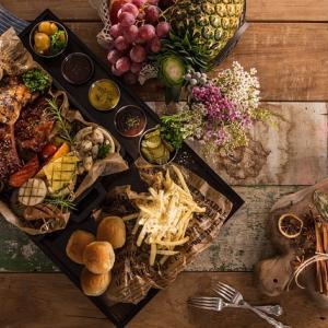 これからの季節にぴったり♪「食べ物」がテーマの英語絵本