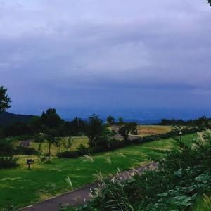 牛岳パノラマオートキャンプ場きらら、富山市を一望出来て夜景も楽しめる高規格なキャンプ場!