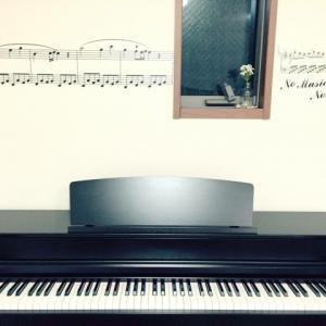 電子ピアノとアコースティックピアノ(生ピアノ)の違いとは