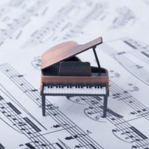 「ピアノを習っているのに楽譜が読めない人」にならないために