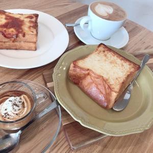 素材やクオリティにこだわったパンとコーヒーをモーニングでいただく。「パンとエスプレッソと」