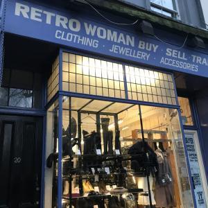 ロンドンの古着買取店で思わぬ臨時収入!