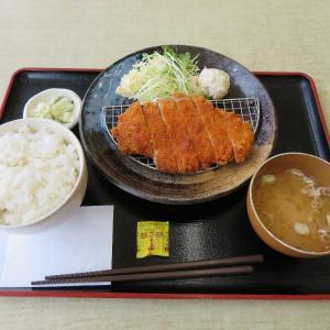 福よしのロースカツ定食(ビバホーム館林店)