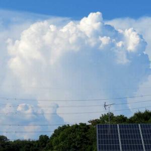 巨大なキノコ雲🍄🌧