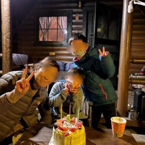 【壁泊】ダブル誕生日はキャンプアンドキャビンズで