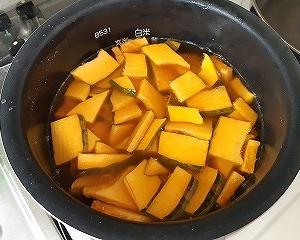 かぼちゃの炊き込みごはん!超簡単レシピでおいしくいただきましょう!