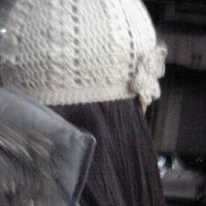 母に編んだ帽子の写真が出てきました