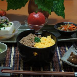 二色丼、ピーマンのじゃこ炒め、和食の晩ごはん!