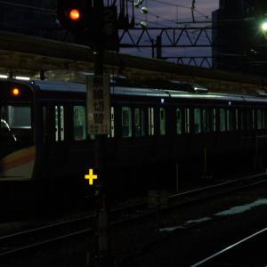 9番線、早朝の長岡行き