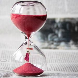 トレードする時間帯とトレード頻度について