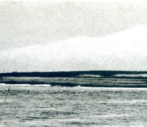 鳥海山と帆掛け船