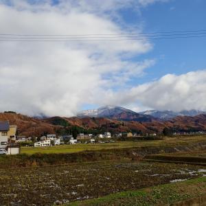 冬の訪れ ~山に雪が降る~
