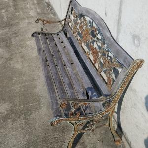 自宅のベンチの補修