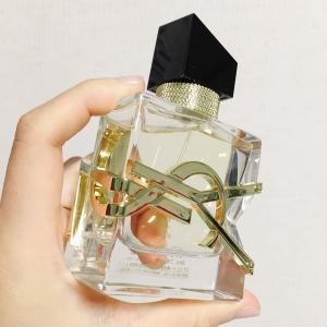 大人レディな香り!YSLの新作香水は最強だった。