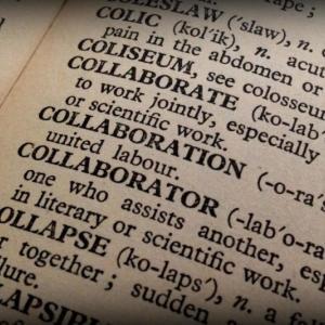 【英語初学者必見!】英語に慣れ親しむなら、紙の辞書が良い理由