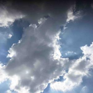 峰雲の育ちもみごと熊野灘 茨木和生