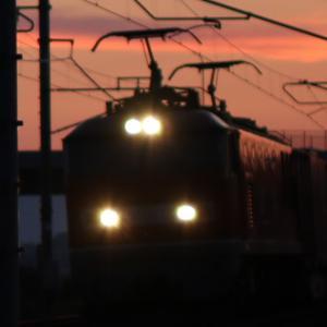 4070レ EF510-13 夜明けのゴトーさん ガレオンアース、がんばろう日本、50周年記念コンテナ、北越Corp.
