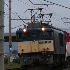 8865レ EF64 1034+DD200-4 新凸は行ったり来たり...。