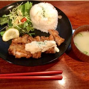 🚩外食日記(157)    宮崎ランチ   「キッチン ヒロ ニー」より、【チキン南蛮ランチ】‼️